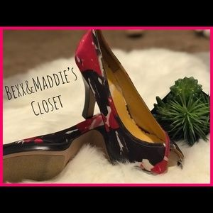 Ladies 9.5 Madden Girl floral heels